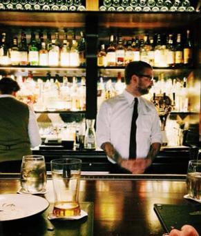 Postulez pour devenir barback dans un bar, club, restaurant à Soho