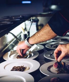 Offres d'emploi à Londres - Commis chef dans un restaurant gastronomique à Londres