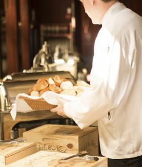 waiter-hotel-breakfast-bread-basket-dublin