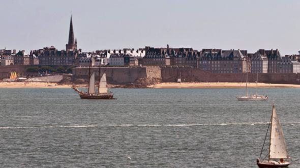 CEI agency in Saint-Malo