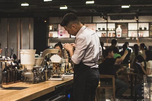 job-offer-barista-restaurant-café